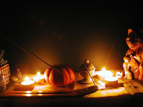 altarlight.jpg