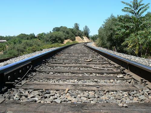 railroadtracks.jpg